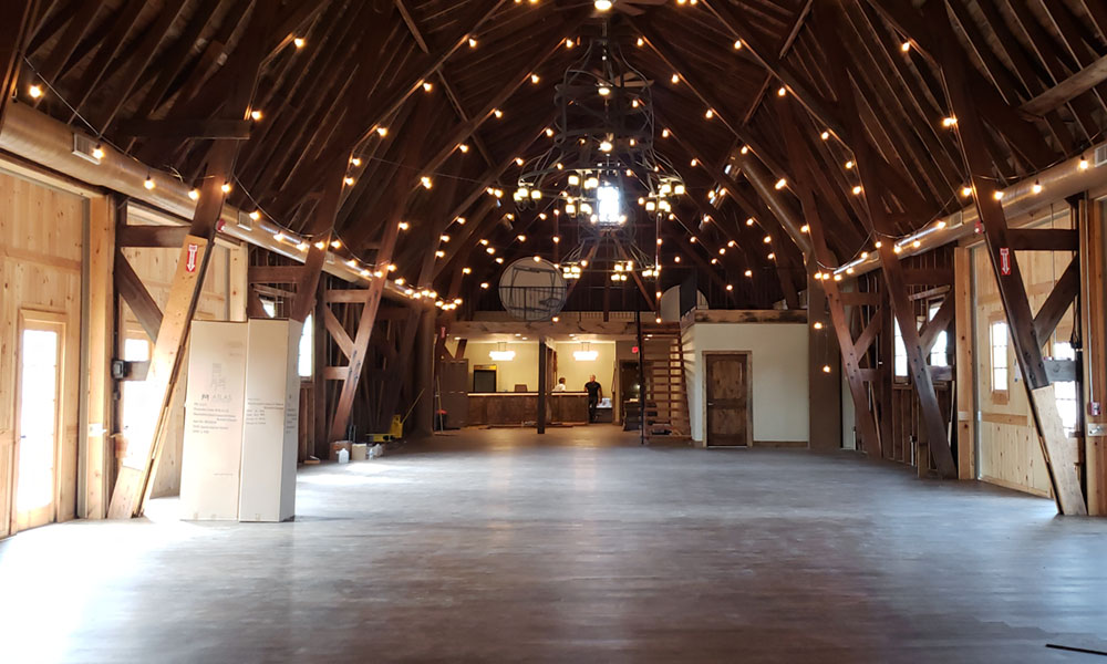 Located on the outskirts of the city of Oswego, Curtis Manor is a renovated former dairy farm, with its centerpiece being the historic barn.
