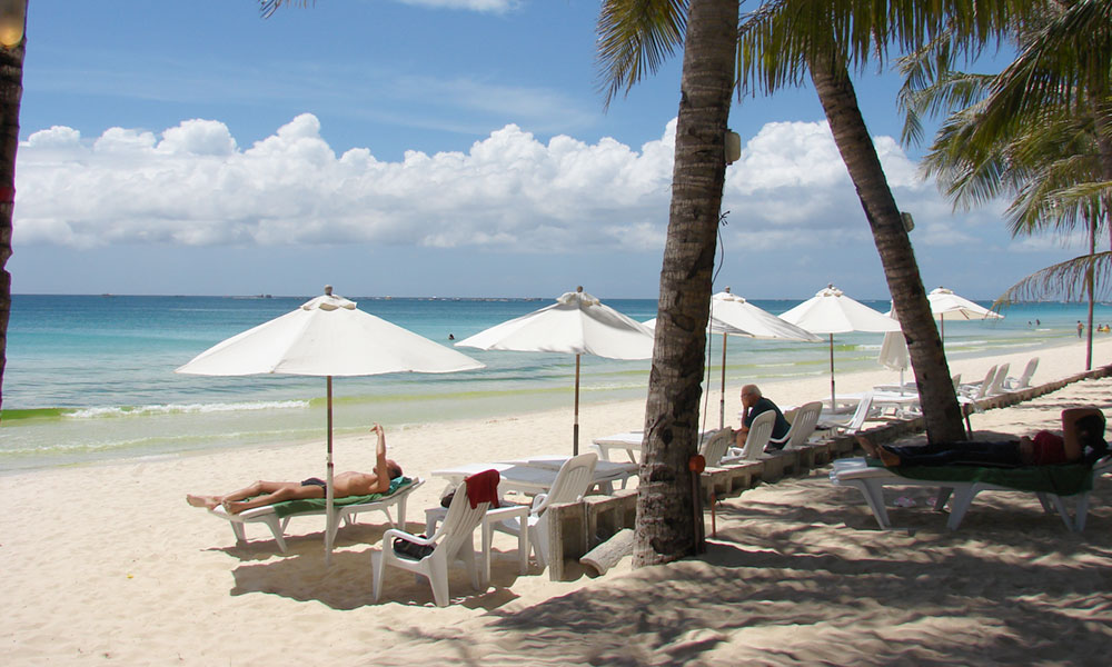 The Philipines has the fourth longest coastline in the world and a tropical climate that draws sun worshippers worldwide to the beaches. Boracay beach is one of most popular.