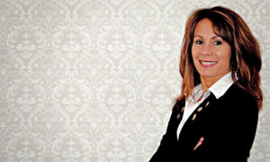 Teri Beckwith Now Representing Hunt Real Estate ERA
