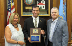 Read more about the article Economic Development Organization Presents Annual Activity Summary, Achievement Awards